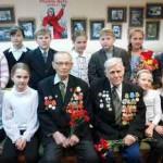 Школьники, 9 мая, ветеран