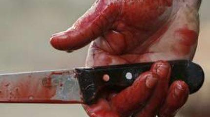 В Красноярском крае неадекватный мужчина ранил ножом трех человек в автобусе