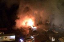 На Гаврилова сгорел автобус на стоянке
