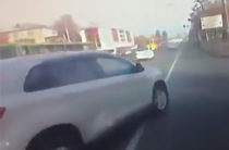 Опасные маневры. Пассажирка автобуса пострадала из-за неадекватного водителя иномарки