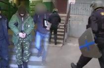 Опубликовано видео задержания сторонника ИГИЛ в Казани