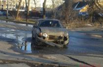 В Казани на Ипподромной столкнулись две легковушки