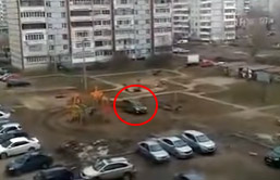 И снова неадекватный водитель из Казани (Видео)