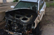 В Кирове сожгли кроссовер координатора штаба Алексея Навального