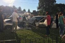 В Уфе из-за лихача на «Ниссане» в лобовом ДТП пострадали несколько человек