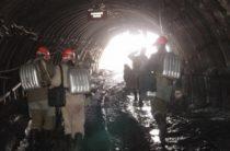 142 шахтера на подтопленном руднике «Мир» спасены