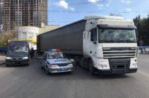 В Уфе водитель грузовика сбил мужчину на велосипеде на Индустриальном шоссе