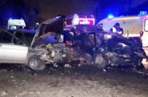В Казани столкнулись ВАЗ-2114 и ВАЗ-2112, пострадали пять человек