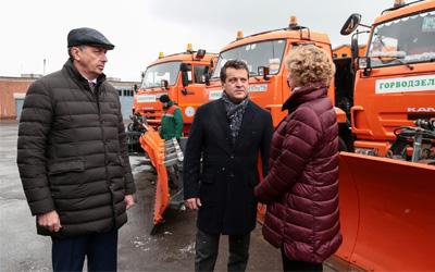 Мэр Казани проверил готовность дорожных служб города к уборке снега