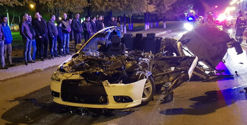 Соцсети: В Челнах водитель иномарки погиб в ДТП, уходя от погони