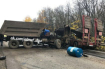В Татарстане на трассе водитель КАМАЗа погиб в столкновении со «Сканией»