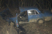 В Челнах 20-летний водитель на ВАЗе опрокинулся с моста и погиб