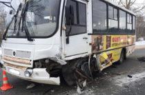 Семь человек пострадали в ДТП с участием пассажирского автобуса в Марий эл