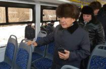 Минниханов проехался на новом троллейбусе и оценил работу общественного транспорта
