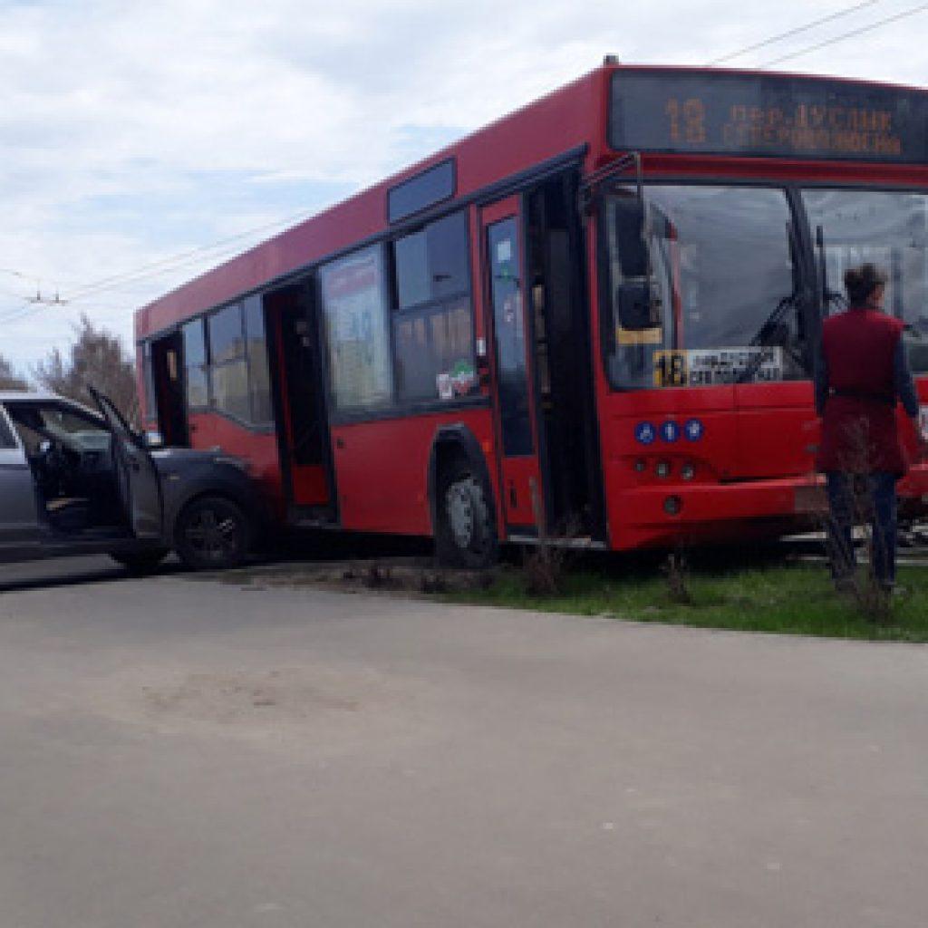 ДТП на Зорге в Казани