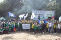250 человек вышли на уборку Голубых озер в Казани