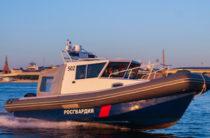 В Татарстане сотрудники Росгвардии спасли утопающего рыбака