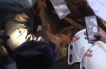 При разборе завалов в Магнитогорске обнаружили живого младенца (Видео спасения)