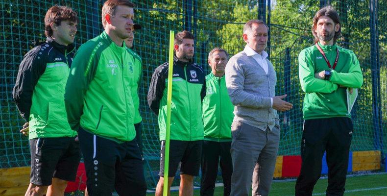 Игрокам «Рубина» представили новый тренерский штаб