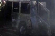 В Казани на ул. А. Кутуя сгорел Mercedes Gelаndewagen (Видео)