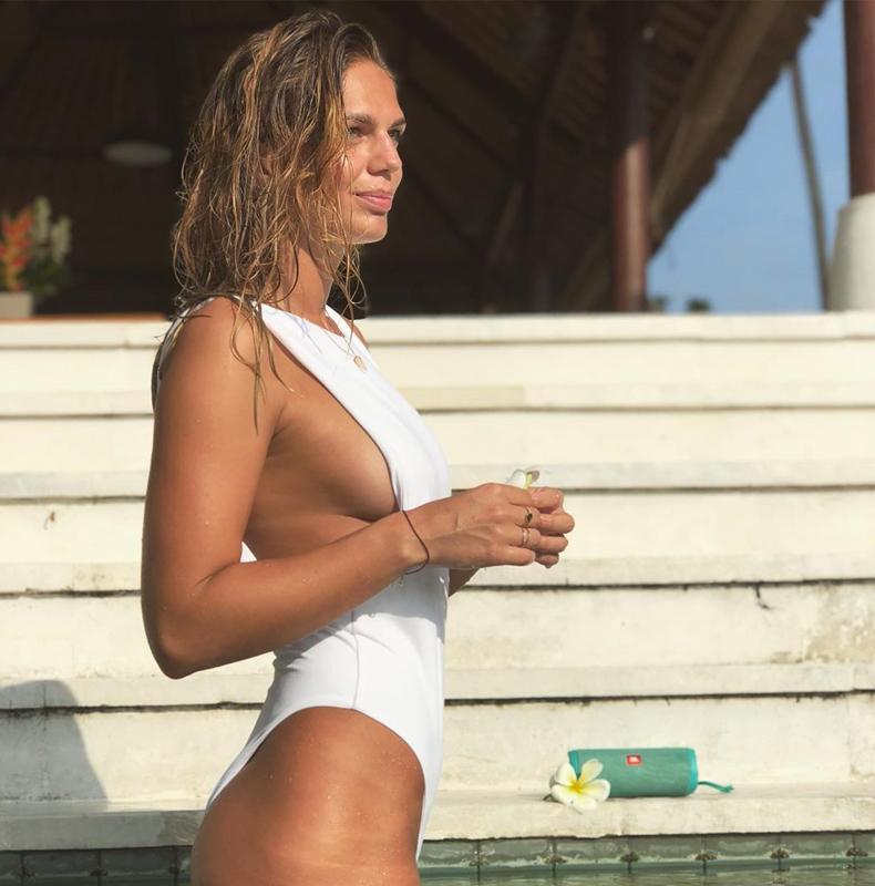 Новая порция горячих фото нашей пловчихи-чемпионки Юлии Юфимовой