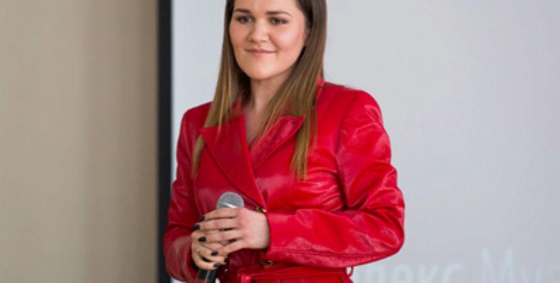 Дина Гарипова провела в Казани первый урок в рамках проекта «Культурный марафон»