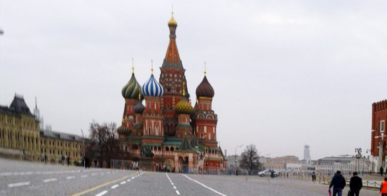 Из-за роста числа заболевших COVID-19 в Москве вводят новые ограничения