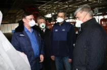 На КАМАЗе запустили производство защитных костюмов и масок