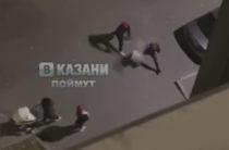 На улице Тэцевская в ЖК «Новые острова» во дворе двое мужчин выясняли отношения. У одного был нож