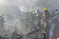 В Ташкенте на площади 1500 кв.м. горел торговый центр Uchtepa Outlet Centre