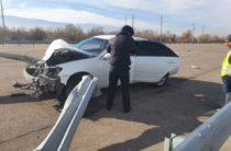 В Алматинской области пьяный угонщик разбил на трассе угнанный Toyota Camry (Фото)
