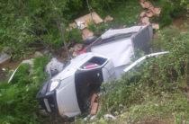 ФОТО: В Самаркандской области «ГАЗель» без водителя опрокинулась в овраг