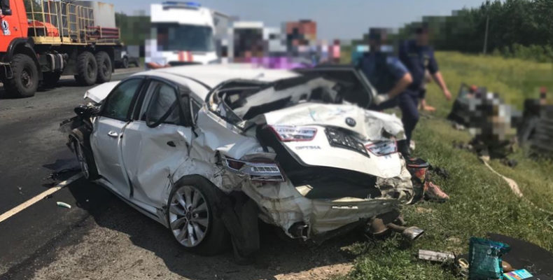 Под Саратовом на трассе 11 человек пострадали при столкновении 5 авто