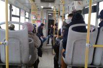 В Казани при падении в автобусе пострадала 41-летняя женщина