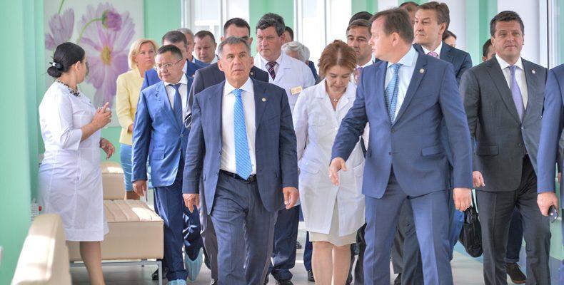 Президент Татарстана осмотрел новый перинатальный центр РКБ