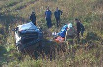 В Башкирии поезд на всем ходу врезался в легковушку, погибла женщина-водитель