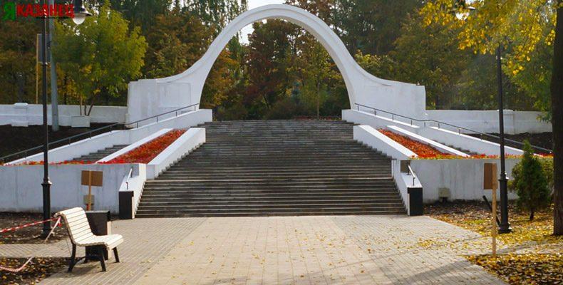 Парк «Черное озеро» начали готовить к зиме
