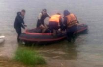 Обнаружено тело седьмого погибшего с затонувшей лодки на озере в Челябинской области