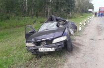 Трое взрослых и ребенок погибли при столкновении «Тойоты» с фурой в Новосибирской области
