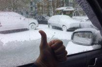 Итоги «возвращения зимы» в Казань в фотографиях и видео