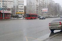 В Казани двое маленьких детей пострадали при падении в автобусе