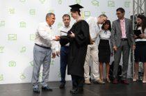 Минниханов и Никифоров вручили дипломы выпускникам Университета Иннополис