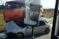 В Татарстане «Лифан» врезался в бензовоз, погибли водитель и его сын