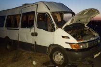 В Краснодарском крае перевернулся автобус с пассажирами, пострадали 8 человек