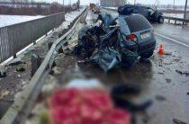 Двое взрослых и ребенок погибли в ДТП на трассе в Татарстане