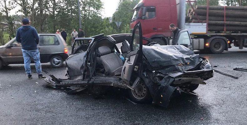Под Казанью водитель фуры устроил массовое ДТП, в котором погибла 3-летняя девочка