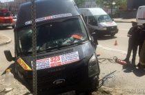 В Омске по вине автоледи на «Мерседесе» пострадали 11 пассажиров автобуса
