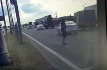 ВИДЕО: В Челнах мужчина погиб под колесами «Приоры»
