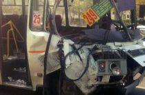 В Уфе столкнулись два автобуса, пострадали 15 человек