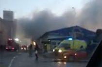 Около Центрального рынка в Казани горит торговый павильон